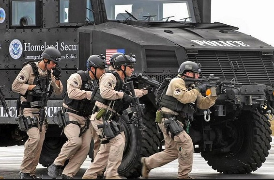 militarize