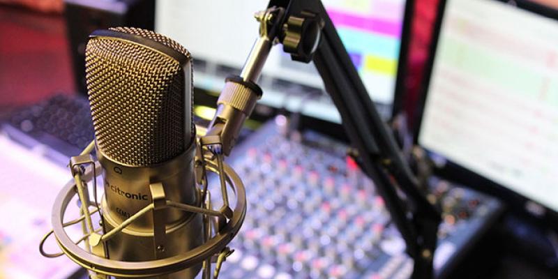 radiobroadcast