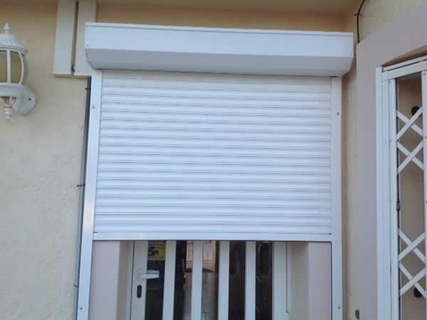 roller-blind shutter