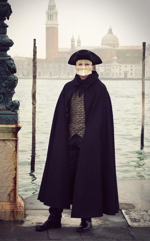 opera cloak