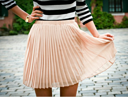 accordion pleats