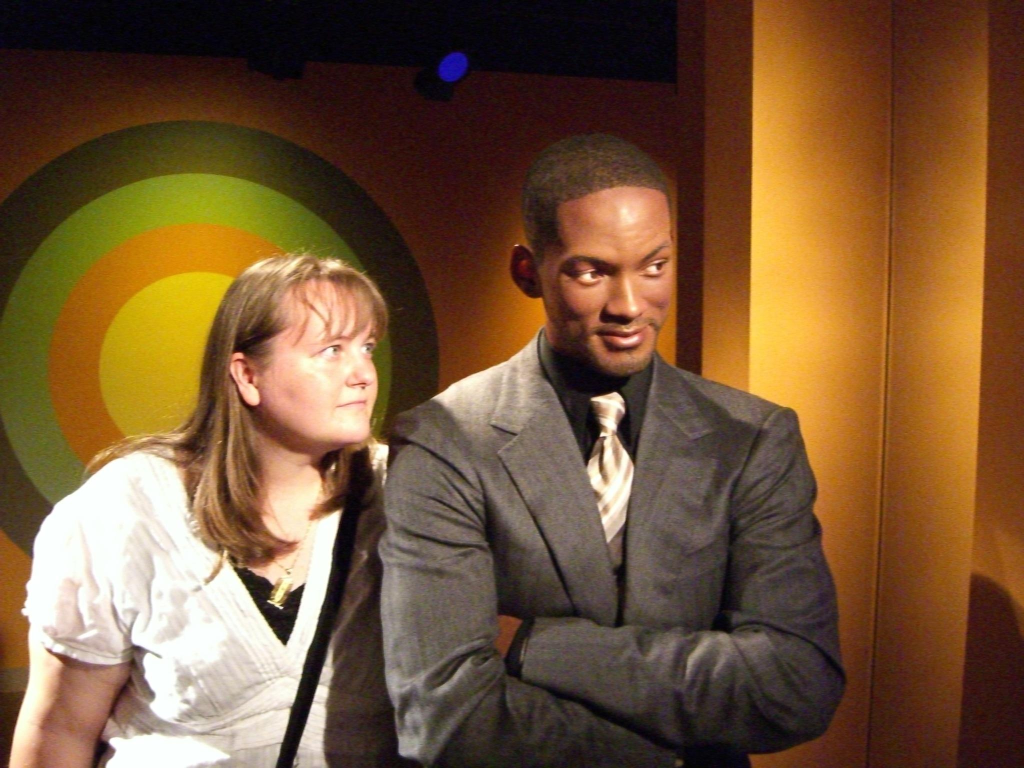 File:Gazing adoringly at Will Smith.jpg