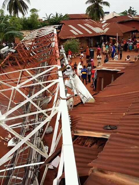 The mast destroyed residential houses in the area and properties worth  thousands of naira. See more photos below: