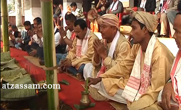 n Tai Ahom language, Me means offerings, Dam means the dead ancestors and  Phi means Gods. So, Me Dam Me Phi is a ceremony in which offerings are made  to