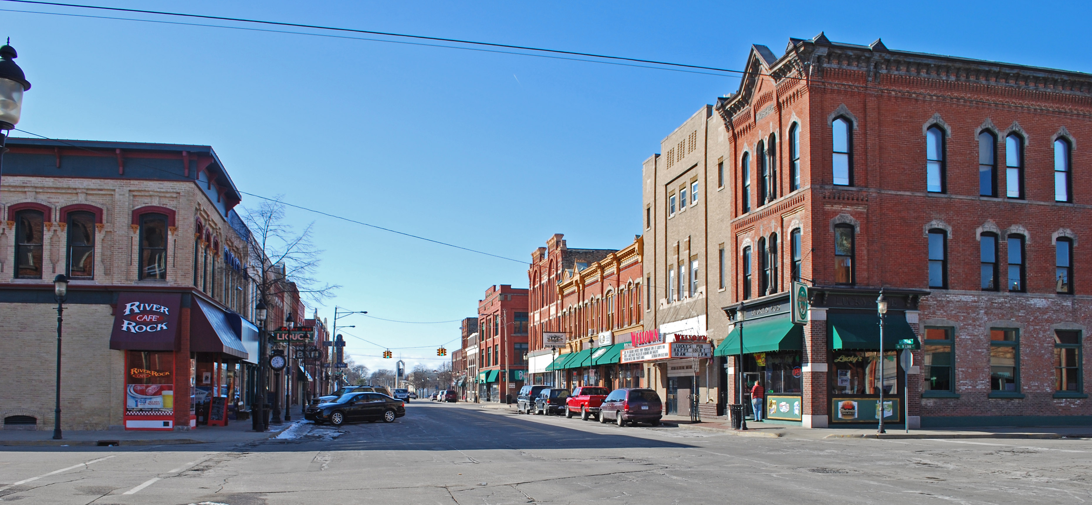 Archivo:Midland Street Commercial District Bay City MI C.jpg