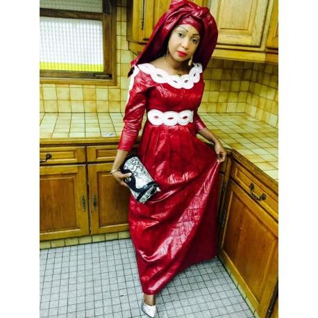 Robe de cérémonie bazin riche rouge vif