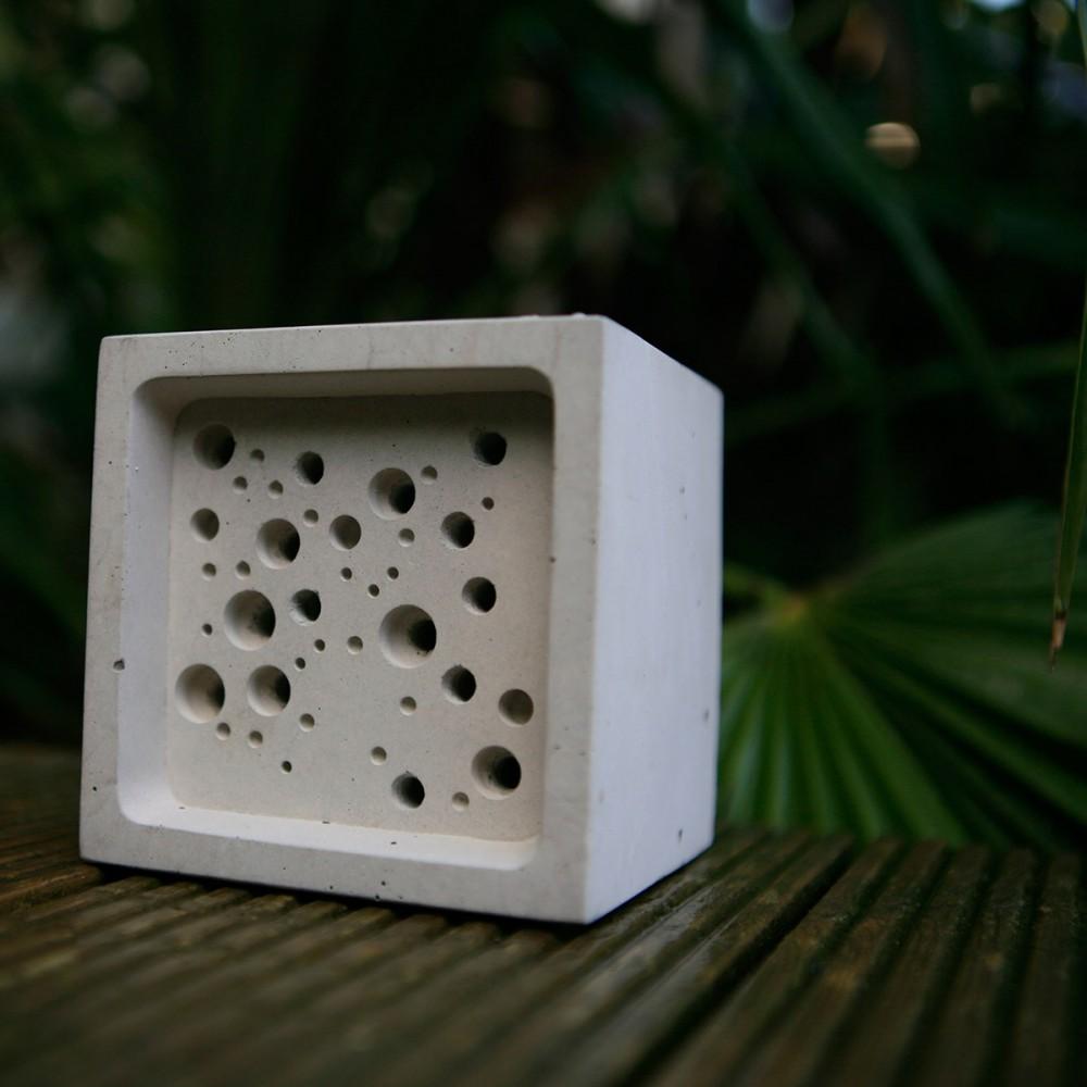 large bee block
