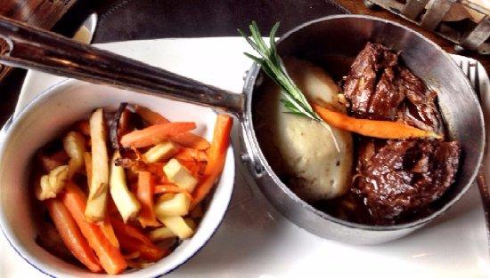 Raglan Road Irish Pub & Restaurant: Braised Be Beef- Should be next to the