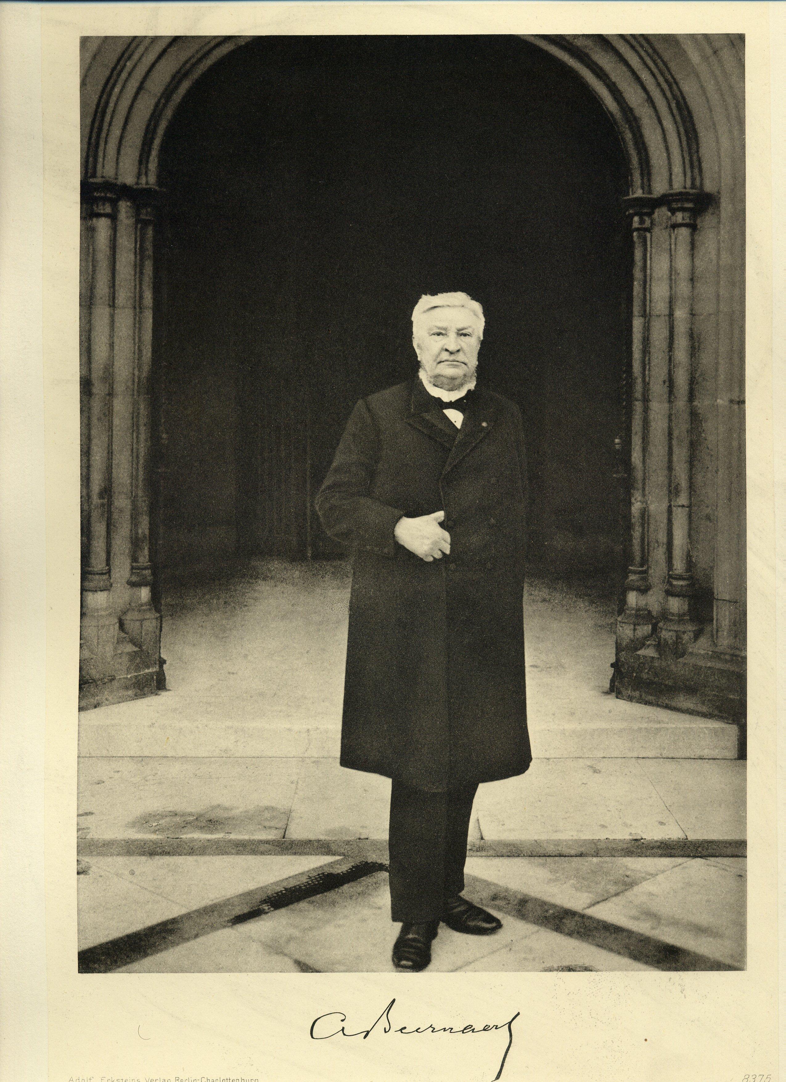 Archivo:Auguste Beernaert.jpg