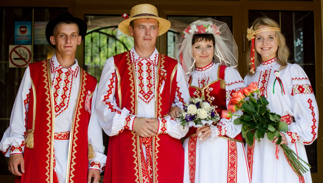 The Belarusian people always remain faithful to high moral values and good  traditions. Kolyady, Radonitsa, Kupalle, Dozhinki and much more!