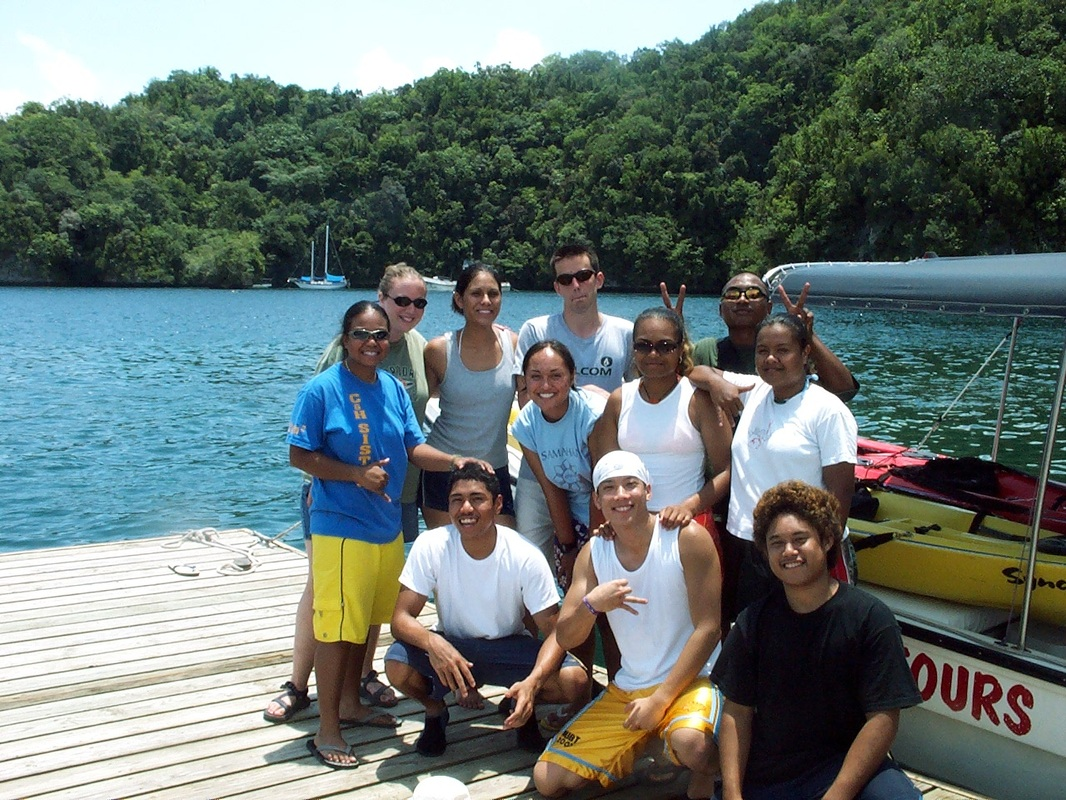 Snail trip to Ulong with Belau friends (Republic of Palau). R. Rundell