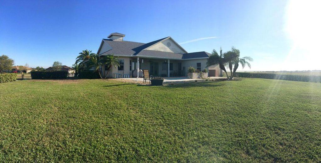 1501 Haleys Ct, Belle Glade, FL 33430