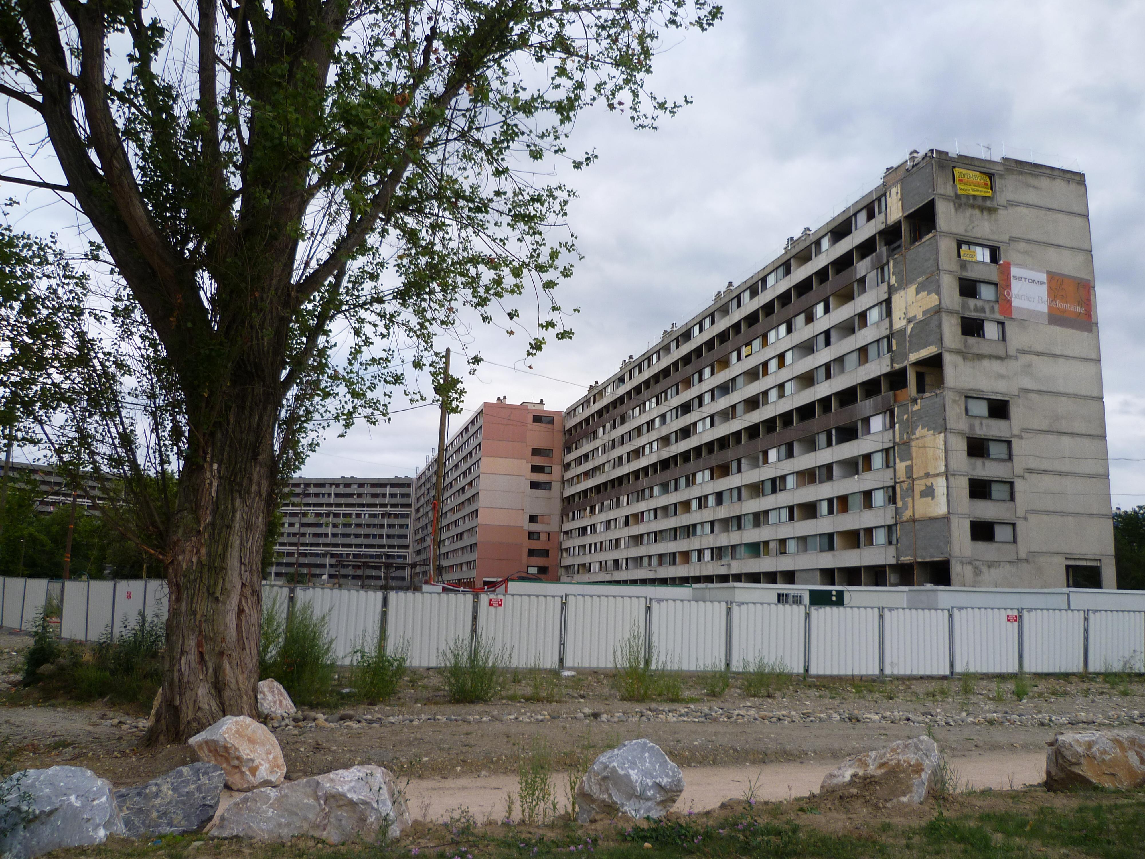 File:Toulouse - Immeubles à Bellefontaine 2.jpg