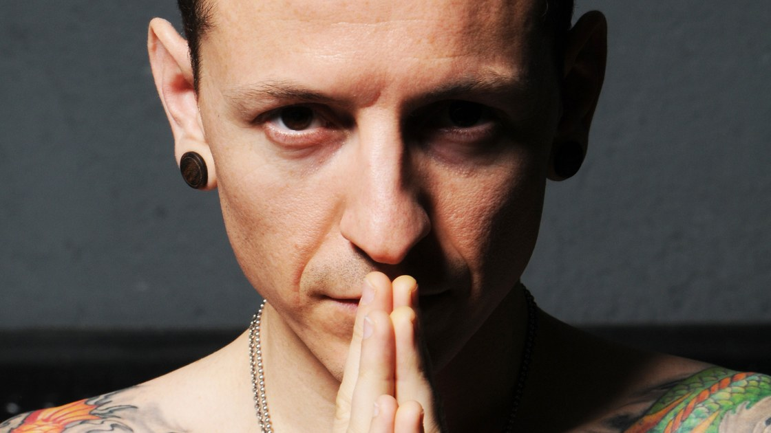 Chester Bennington, Whose Cathartic Anger Fuelled Linkin Park, Dies at  Forty-One | The New Yorker