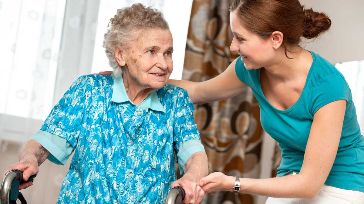 In-home Should You Hire a 1099 Caregiver?