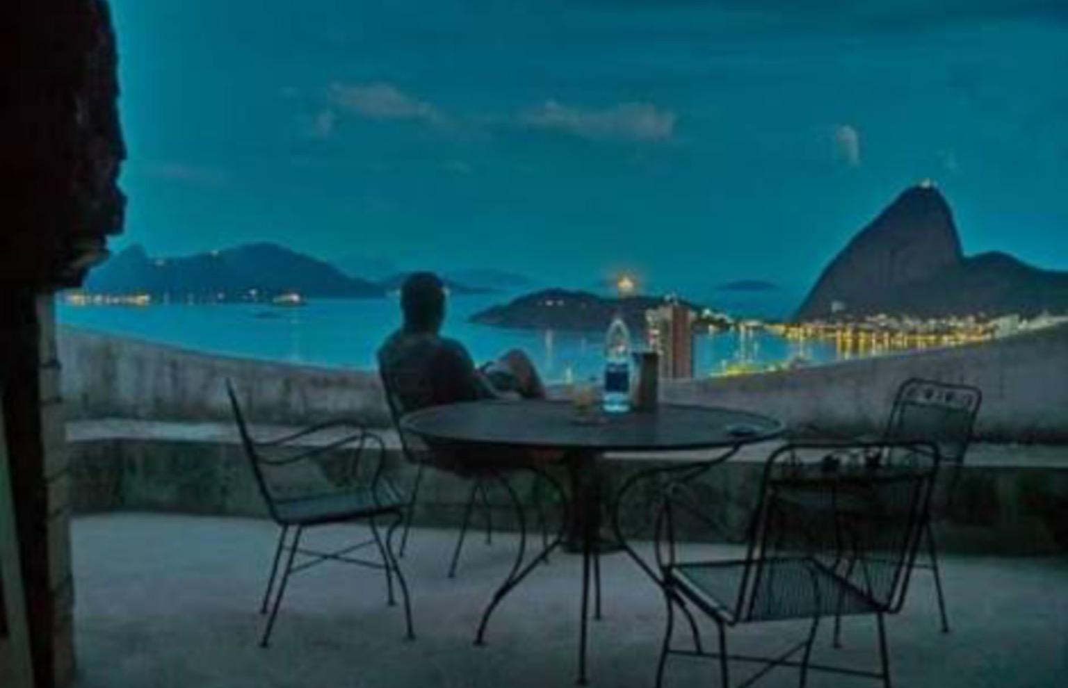 Noches de bohemia carioca. ~ Cariocan nights.