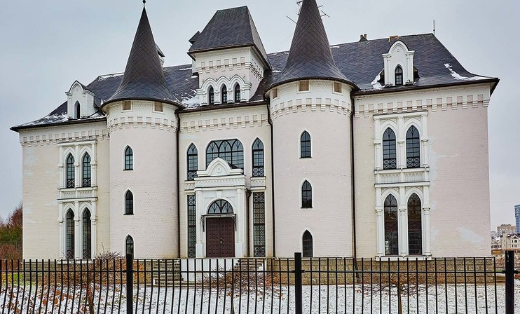Rent This Castle-Like Mansion In Russia For $33,000/Month! | Homes of the  Rich
