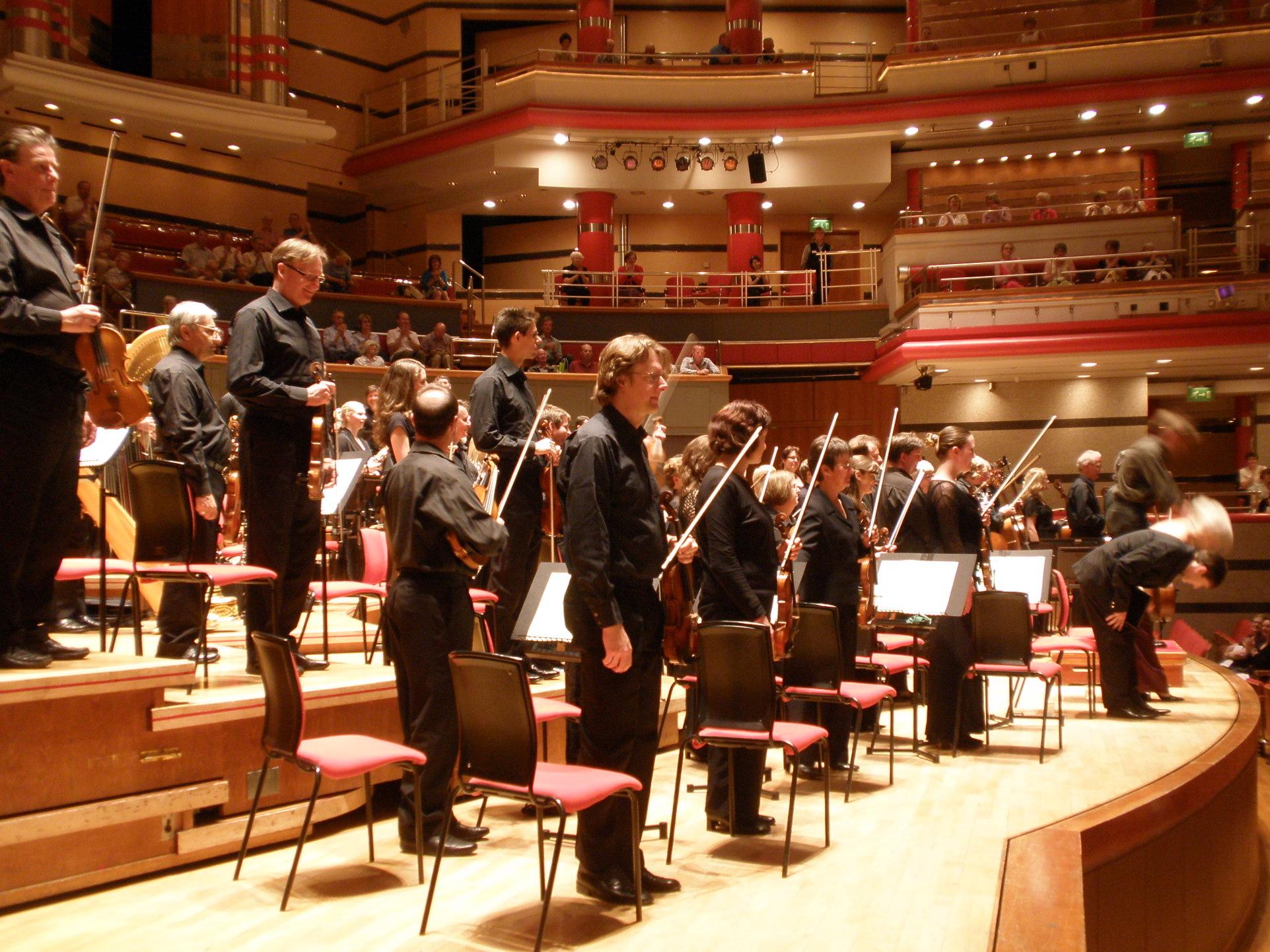 Archivo:CBSO Symphony Hall.jpg