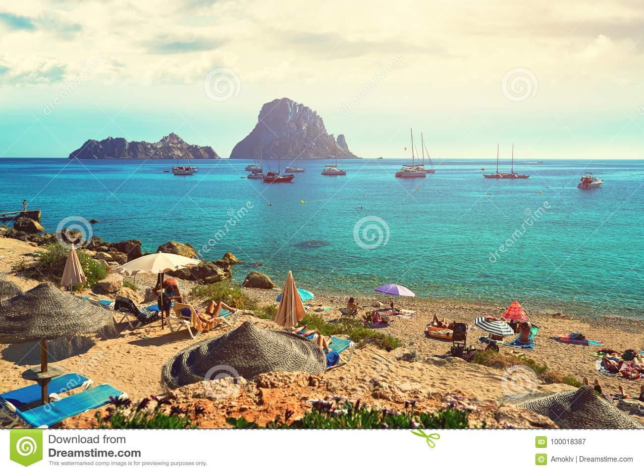 Playa de Hort del ` de Cala d Isla de Ibiza
