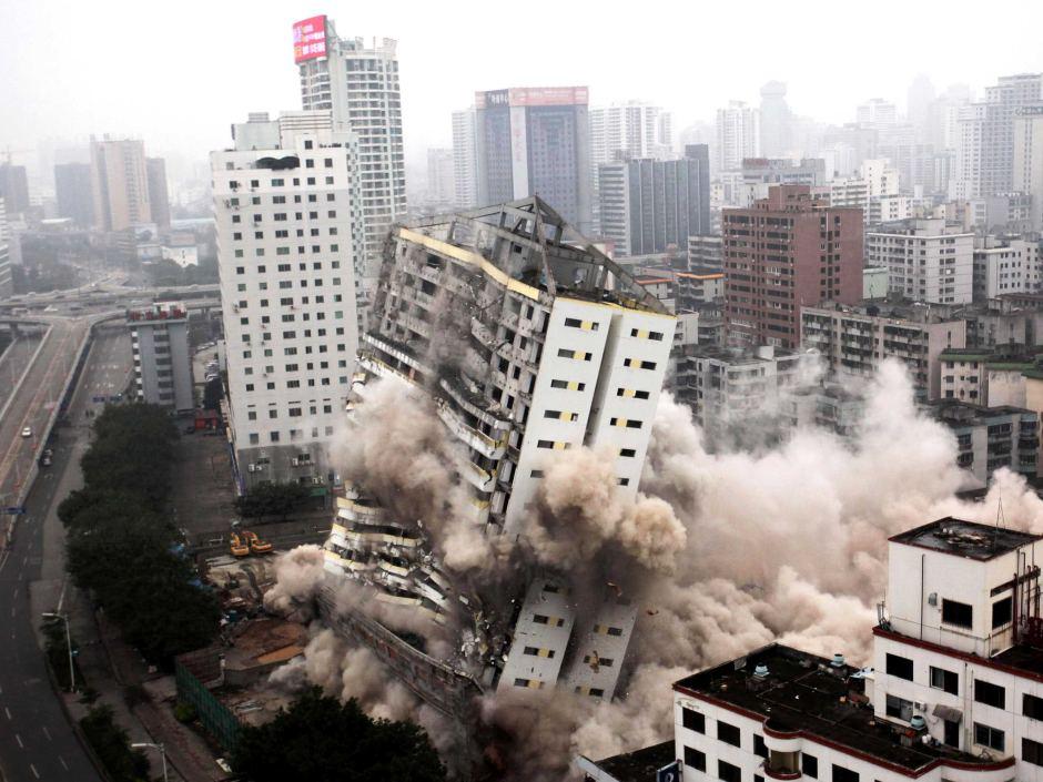 Building demolishment
