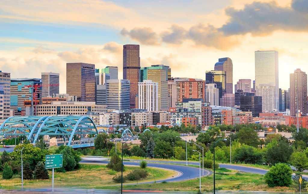 Denver Skyline - Twighlight (Blog)
