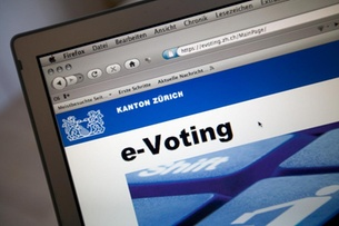 Zurich temporarily suspended e-vote