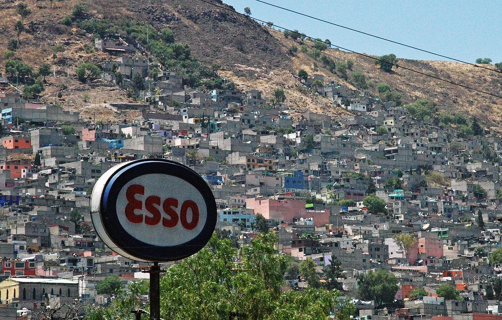 Ecatepec de Morelos (Mexico) - Suburban Landscape   by Danielzolli