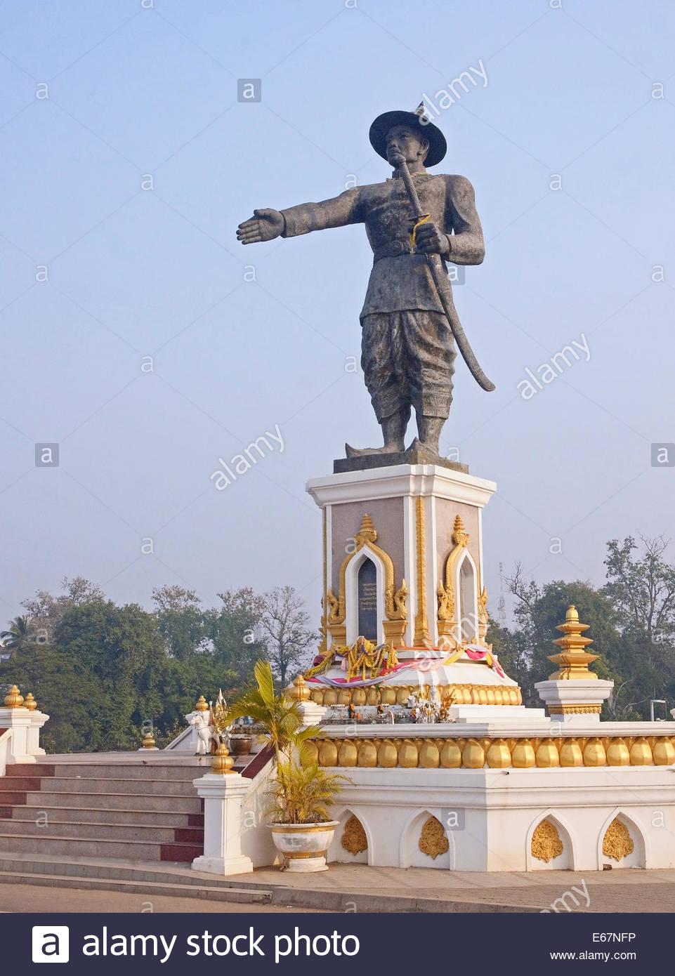 Statue Quai Fa Ngum in Vientiane - Laos