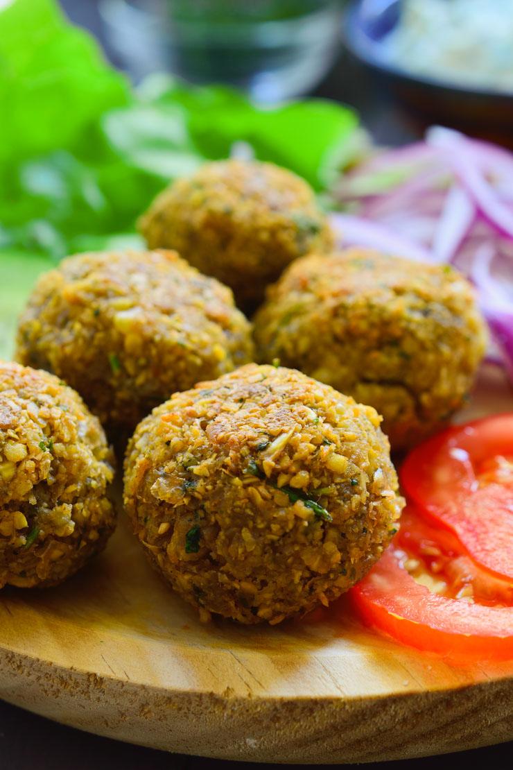 Esta receta de falafel es muy fácil de hacer y el falafel en particular es  el