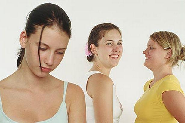 Three teenage girls (pic:Getty)