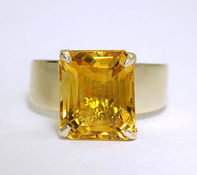 November Birthstone True/False: Citrine and Topaz