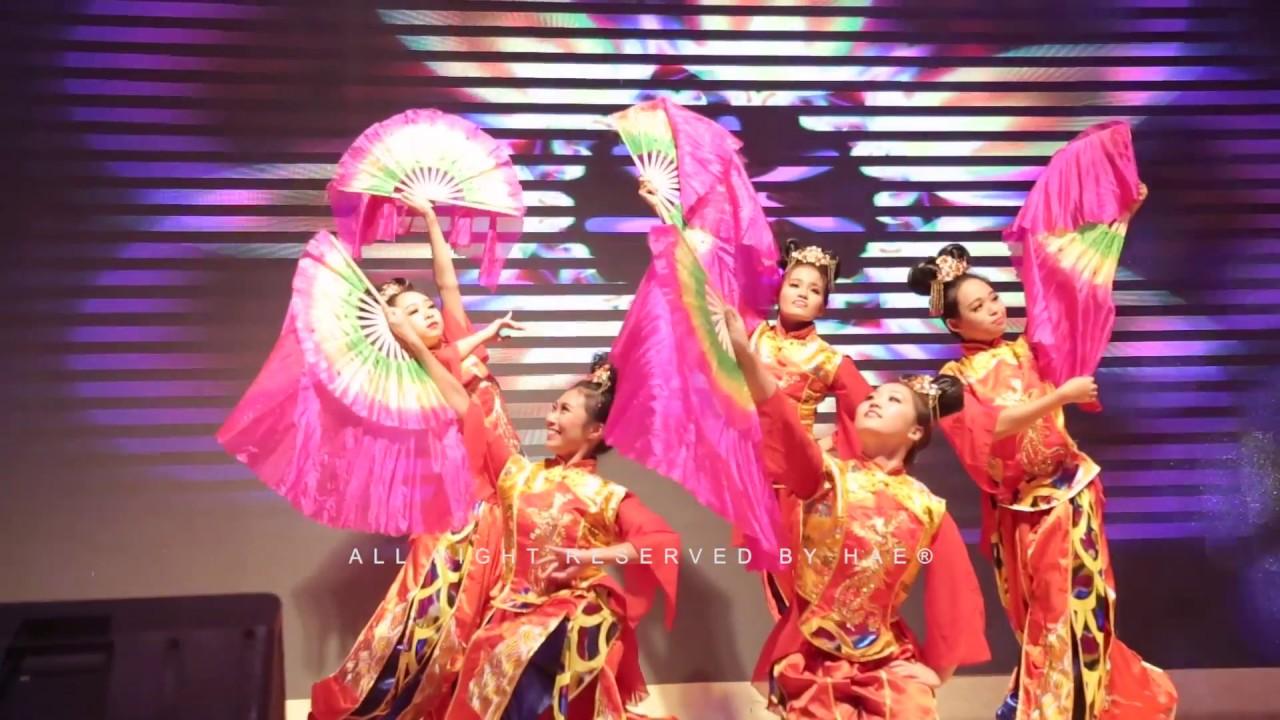 a21776469 CHINESE FAN DANCE – MALAYSIA – YouTube