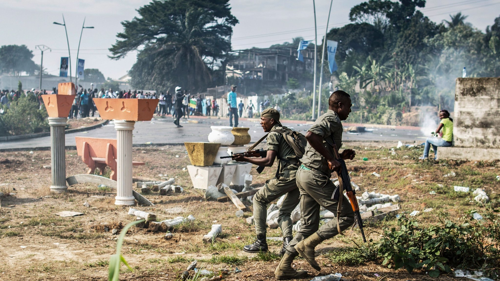 Gabon rocked by violence after Bongo scrapes disputed election   Financial  Times