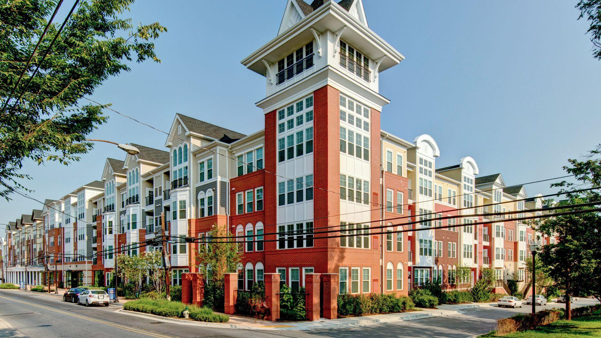 Alt Gaithersburg Station Apartments - Building