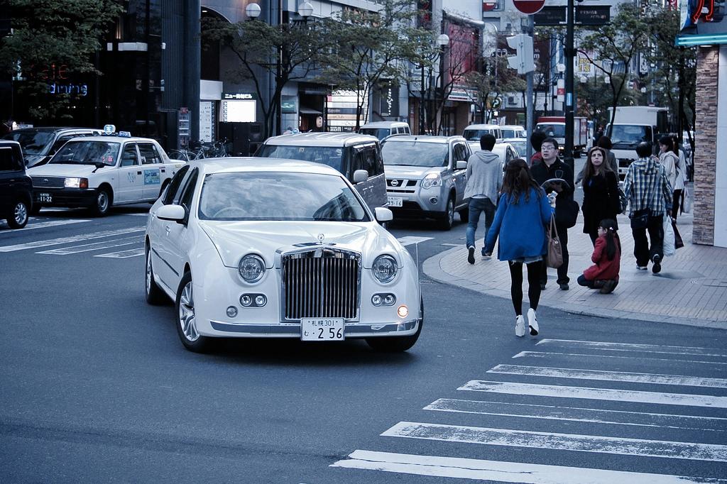 (#mikiyoshihito) MITSUOKA Galut limousine.   by MIKI Yoshihito.  (#mikiyoshihito)