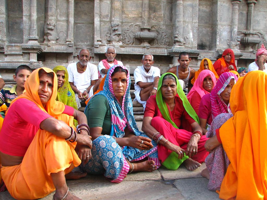 India - Madurai - 023 - brightly garbed Rajasthani women pilgrims | by  mckaysavage