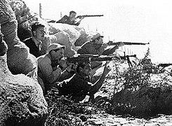 Haganah fighters - 1947.jpg 400 × 294; 43 KB