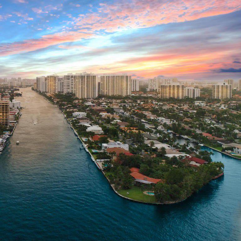 501 Palm Dr, Hallandale Beach, FL 33009