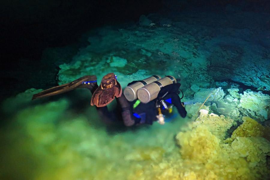 Deep water scuba diving