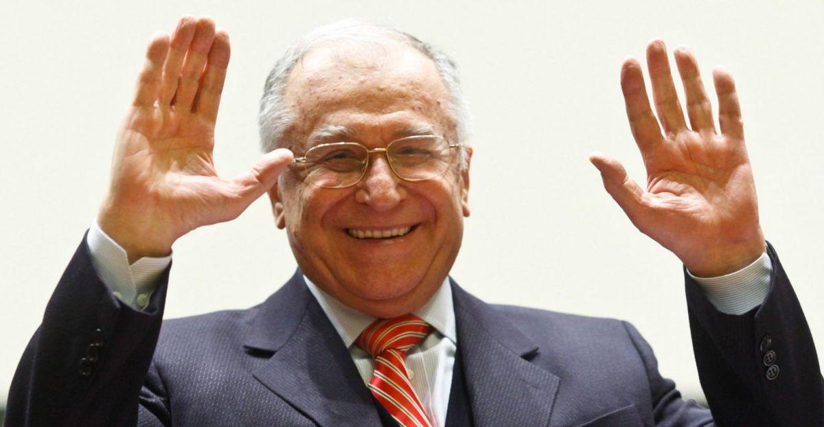 Cât de mult îl iubesc românii pe Ion Iliescu? Vezi pe ce loc se află fostul  președinte în topul personalităților preferate