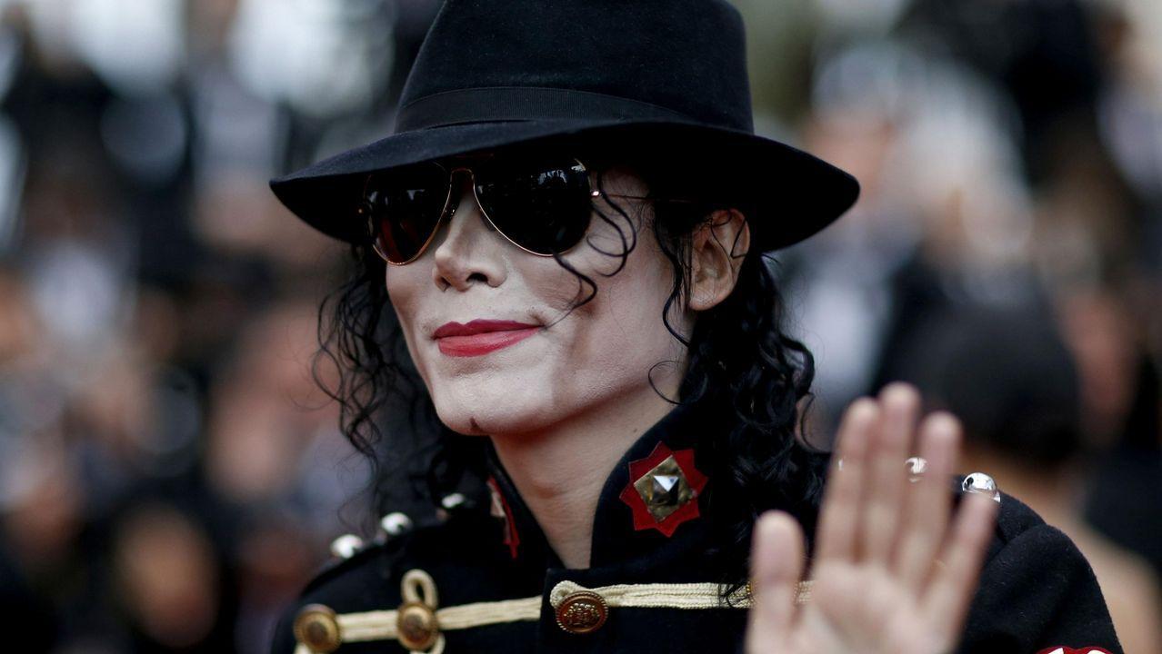 El secreto detrás de la voz aguda de Michael Jackson estuvo guardado hasta  la muerte de su padre, Joe Jackson. El médico del cantante ha revelado que