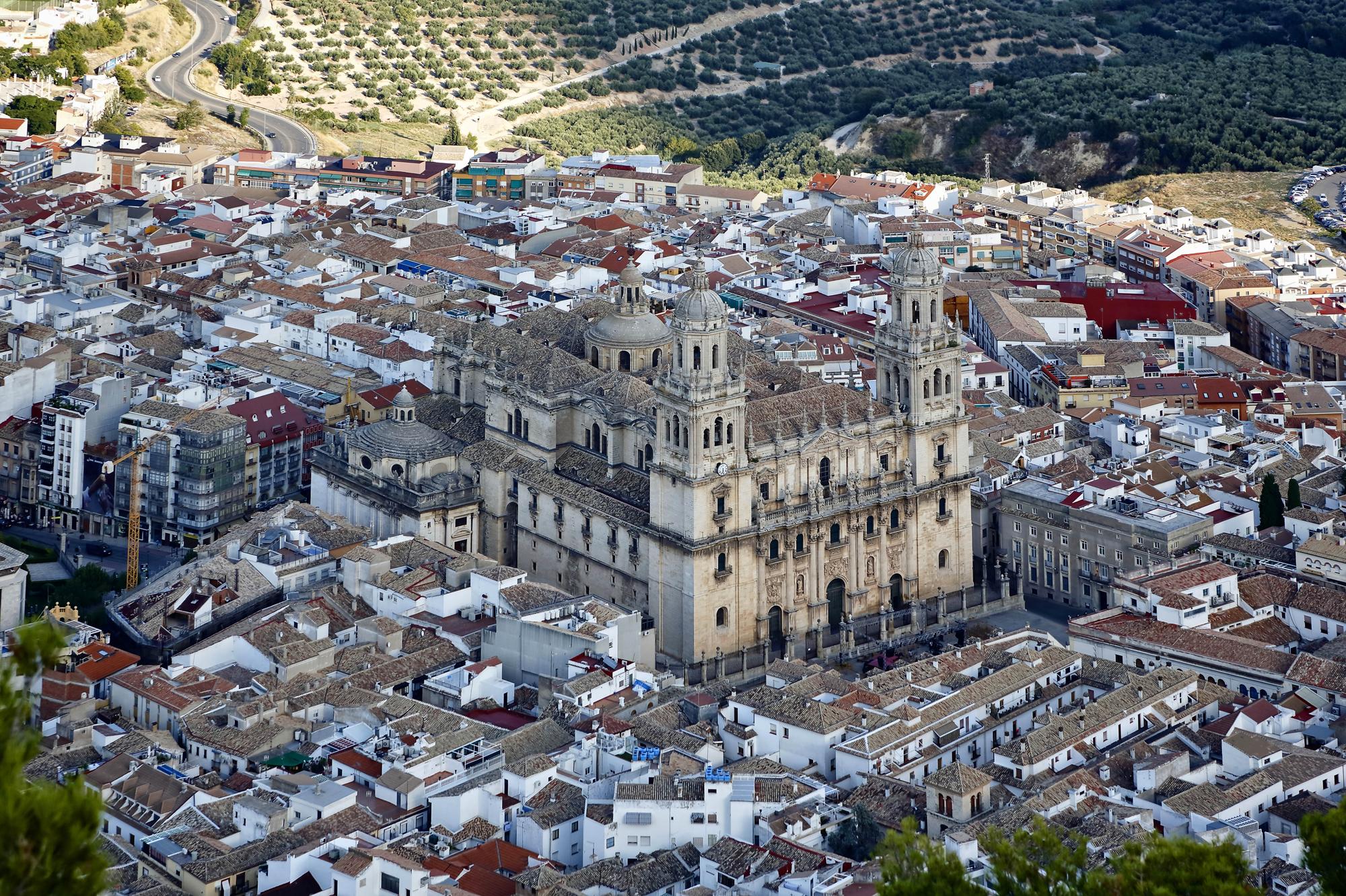 La Catedral de Jaén vista desde el Cerro de San Catalina.