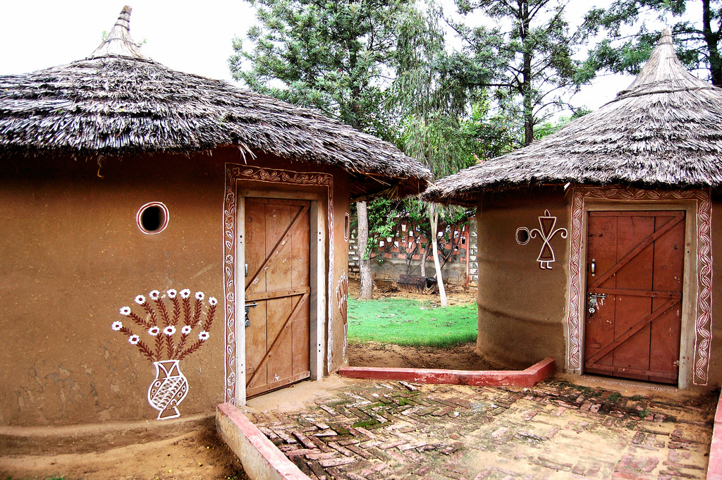 Humble Abode (Justin Gaurav Murgai) Tags: houses india building  architecture village mud traditional