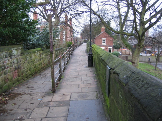File:City Walls above the Kaleyard Gate - Traveller Location.uk - 665204