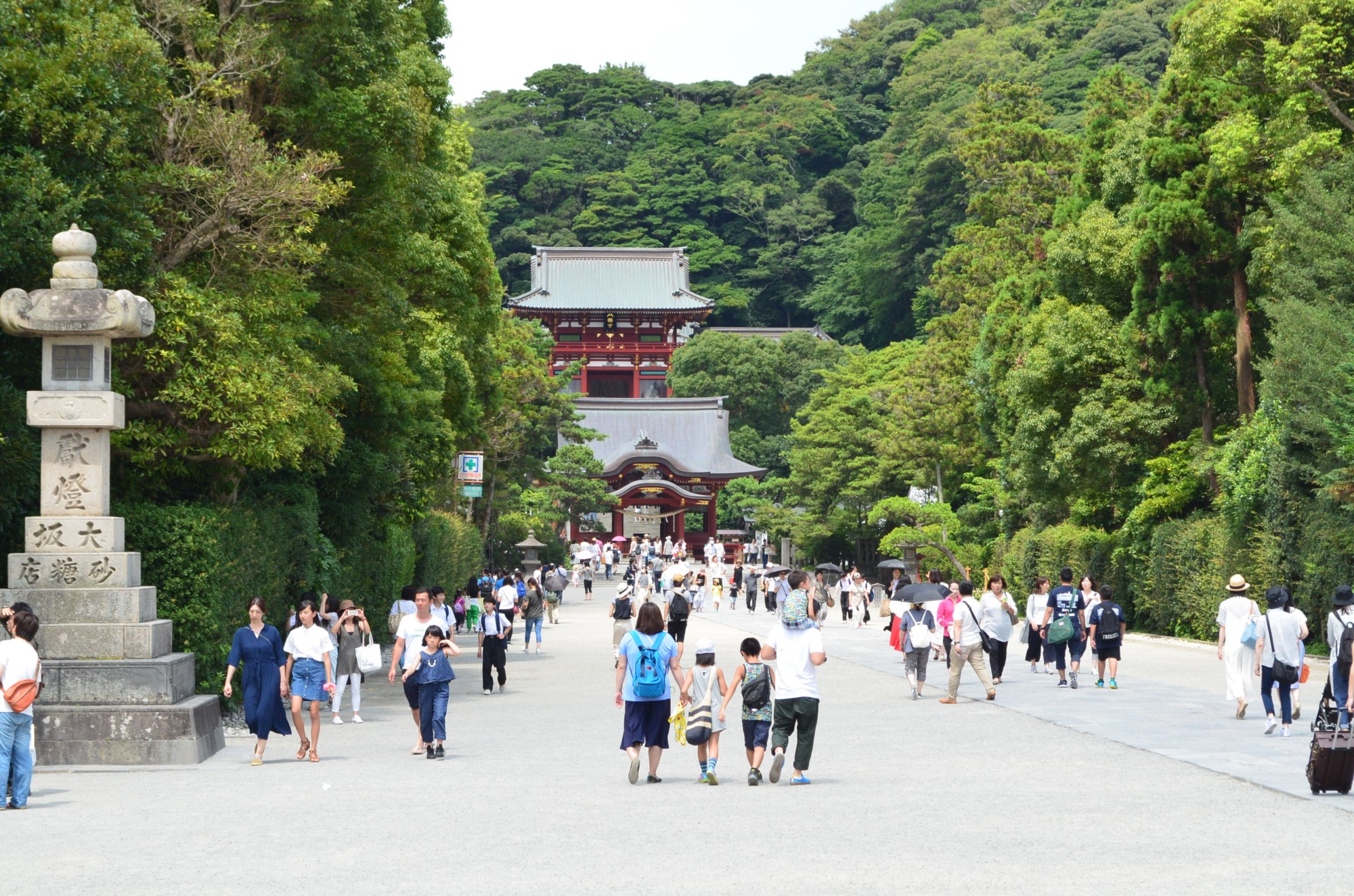 """The center city of Japan in medieval age, Kamakura is a historical town in  Kanagawa prefecture which is known as """" the Kyoto of Kanto region""""."""