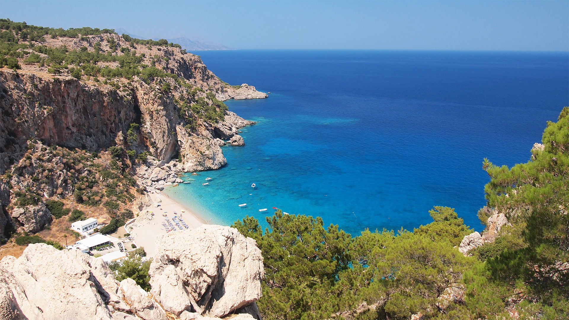images/slider/karpathos-island-greece-bckgr1.jpg