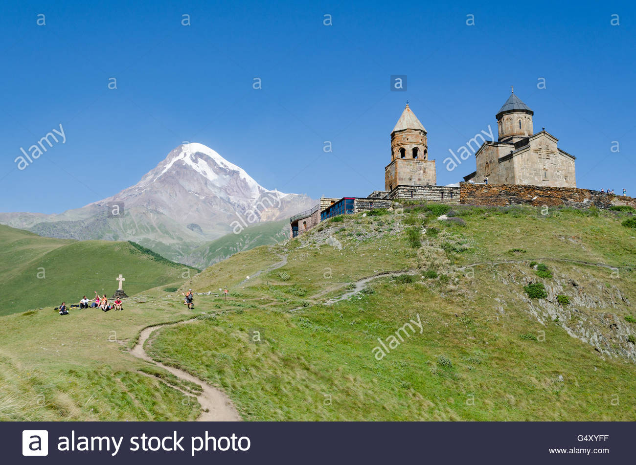 Georgia, Mzcheta-Mtianeti, Stepanzminda, Tsminda Sameba, monastery, Kasbek  in the background