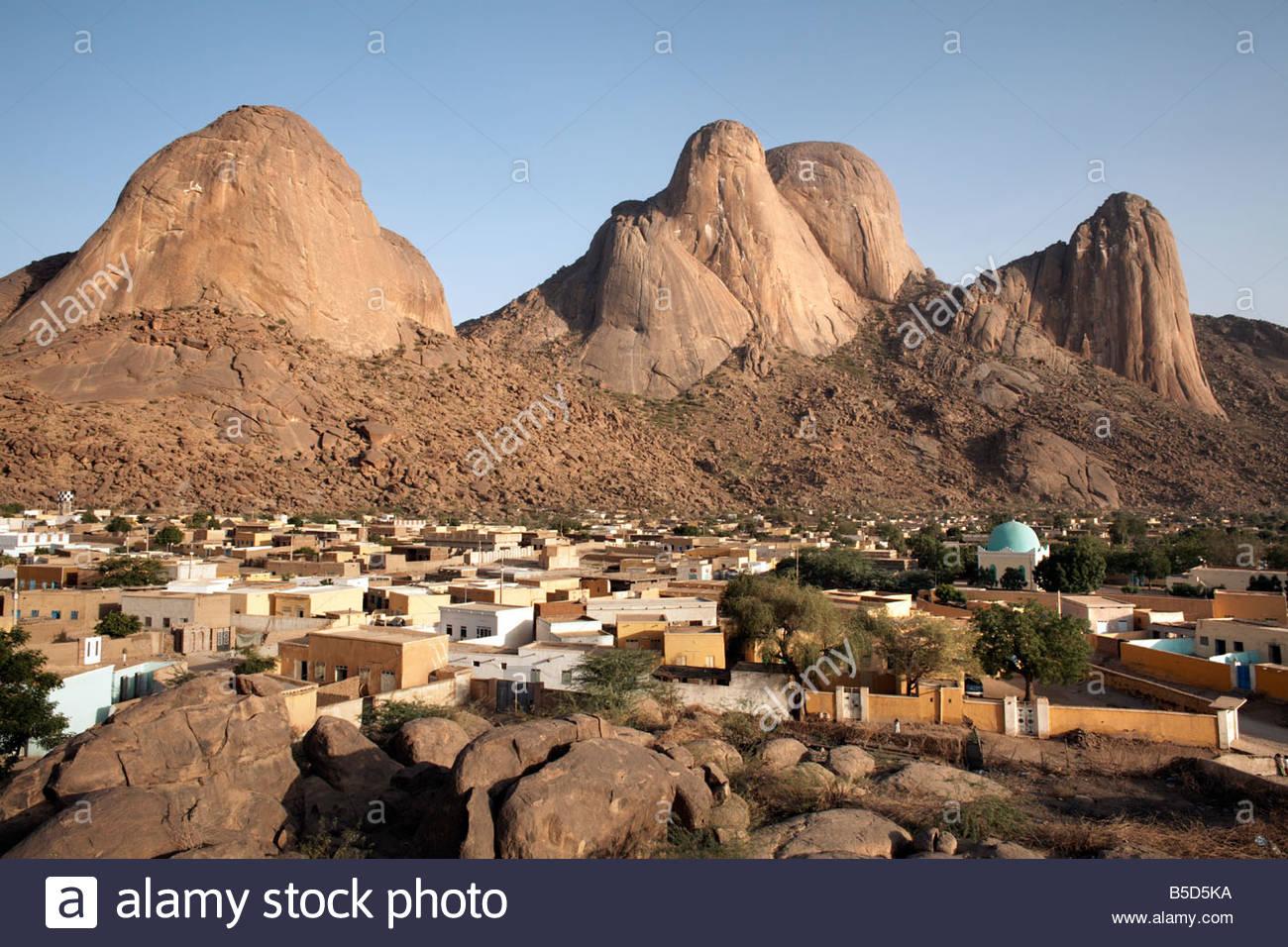 Las Montañas Taka y la ciudad de Kassala, en Sudán, África