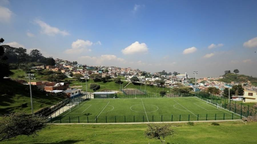 Cancha sintética del barrio Los Laches - Foto: Secretaría de Gobierno