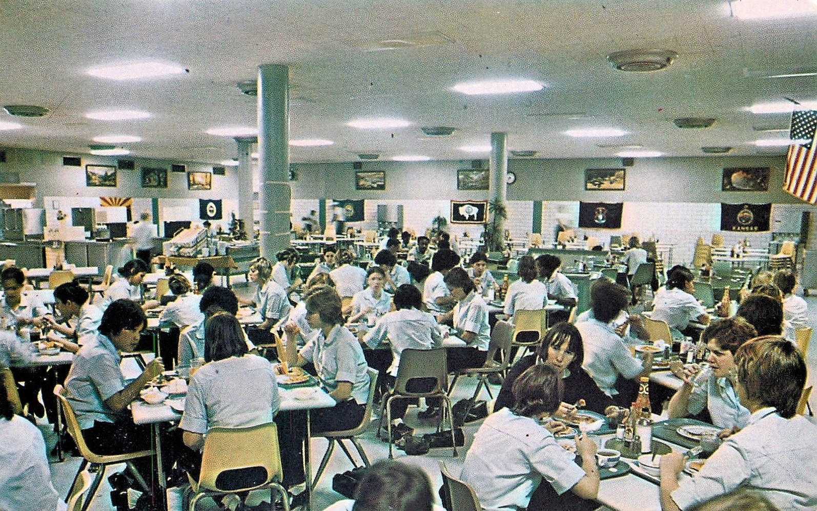 File:Lackland Air Force Base - WAF Dining Hall 1970s.jpg